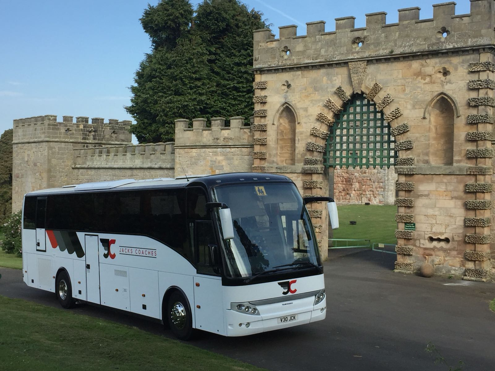 jacks coach hire day trip