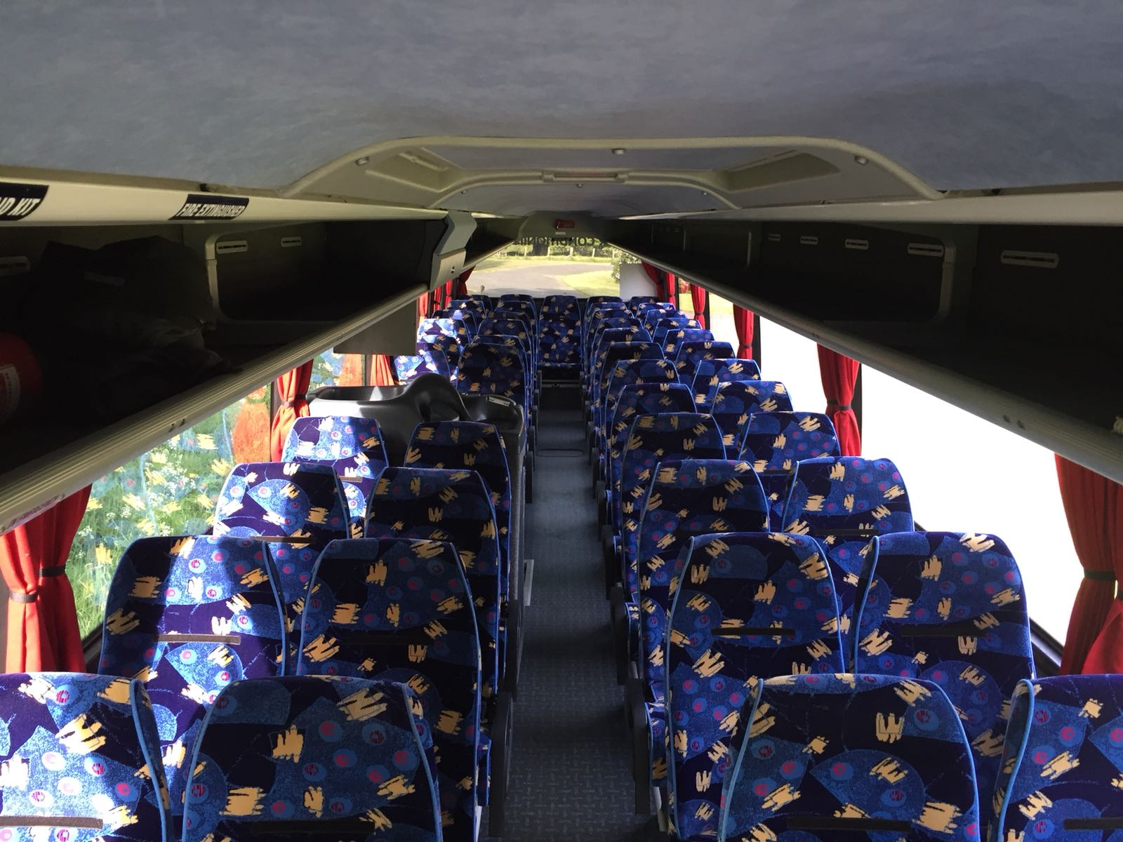 jacks coach hire school trips